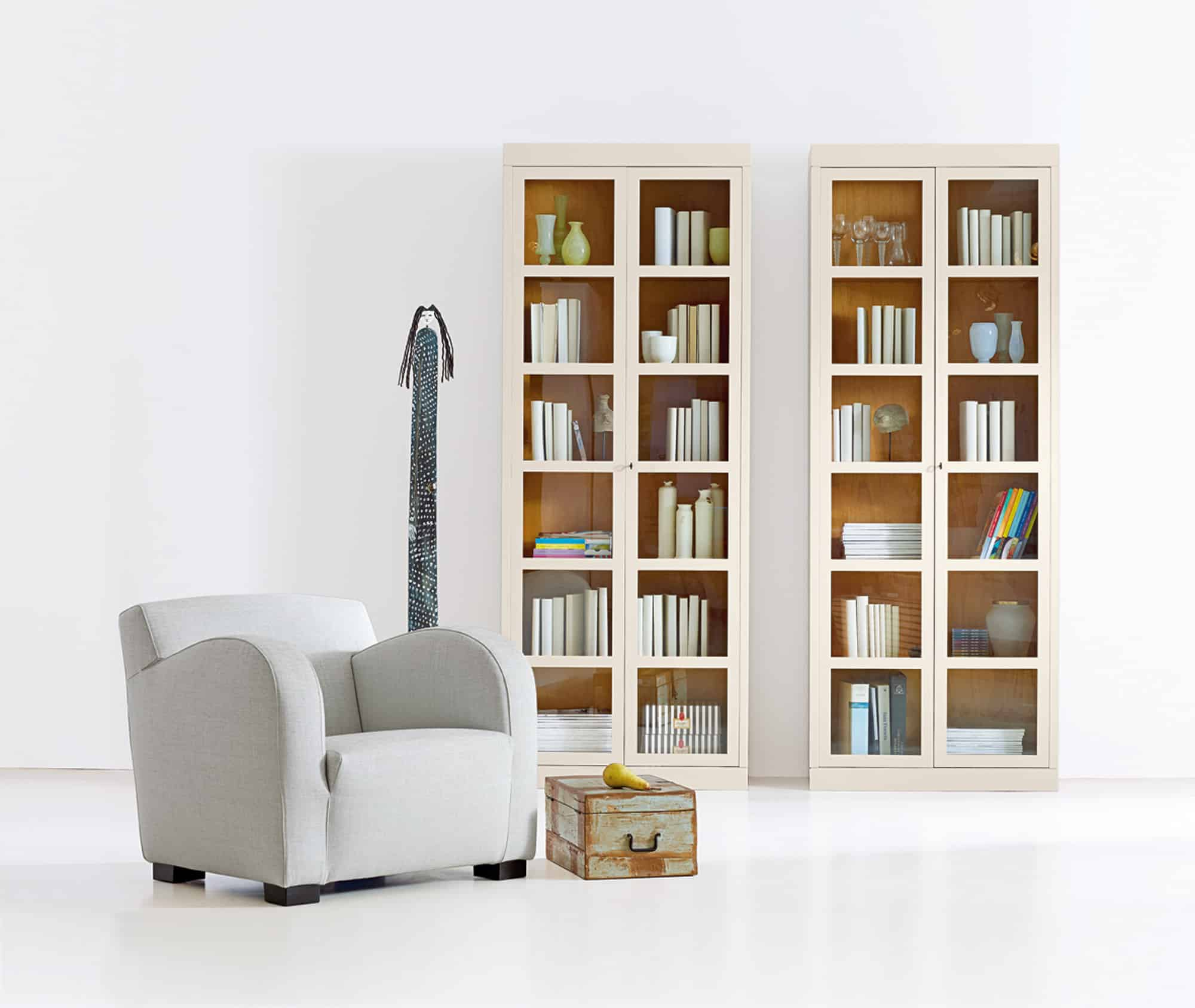 vitrinen regale schr nke marktex. Black Bedroom Furniture Sets. Home Design Ideas